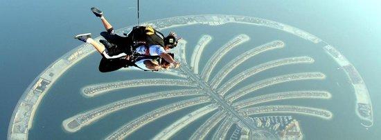 Skydive Dubai: Thats me !