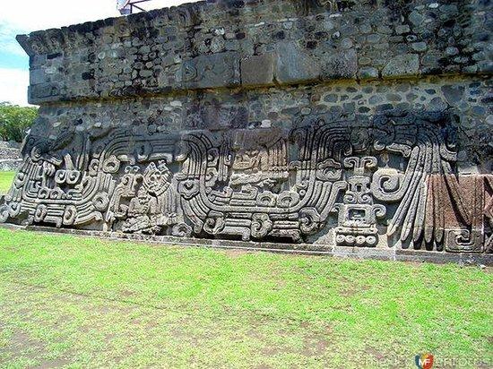 Archaeological Zone of Xochicalco : Estela de Xochicalco, Morelos zona arqueológica.