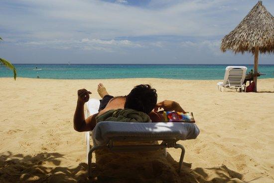 Jamaica Inn: Beach
