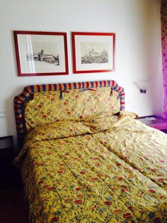 Hotel Italia: Hotel fantastico situato in un ottima posizione,il personale e eccezionale molto disponibili ,ge