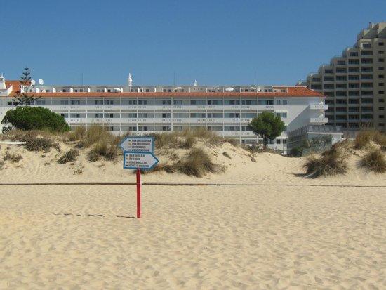 Vasco da Gama Hotel: Hotel visto da praia
