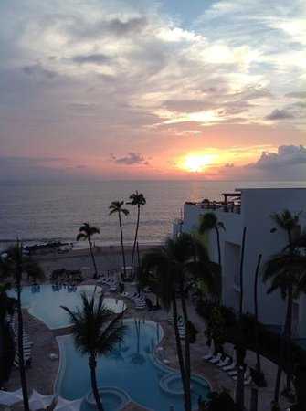 Hilton Puerto Vallarta Resort: Beautiful sunset