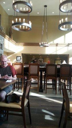 Hampton Inn & Suites Springdale Zion National Park: Salle du petit déjeuner