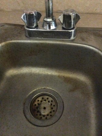 Paradisus Punta Cana Resort: rusted sink