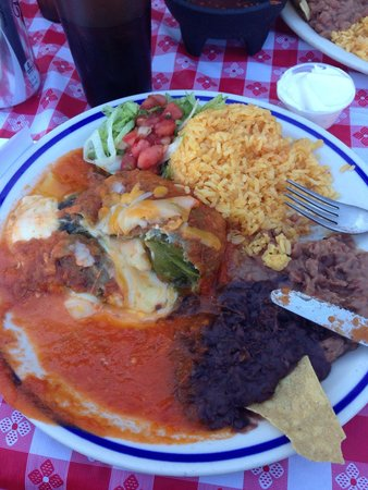 Jose's Mexican food: Authentic chilli Rellano dinner. Great!!!!