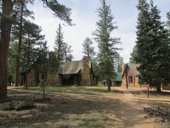The Lodge at Bryce Canyon: Bryce Canyon Cabins