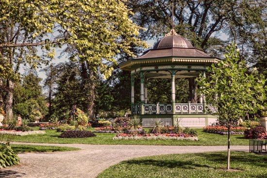 Halifax Public Gardens : The Gazebo