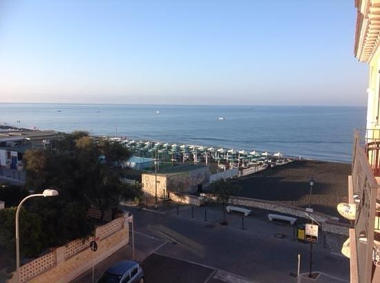 Hotel Miramare : vista dal balconcino
