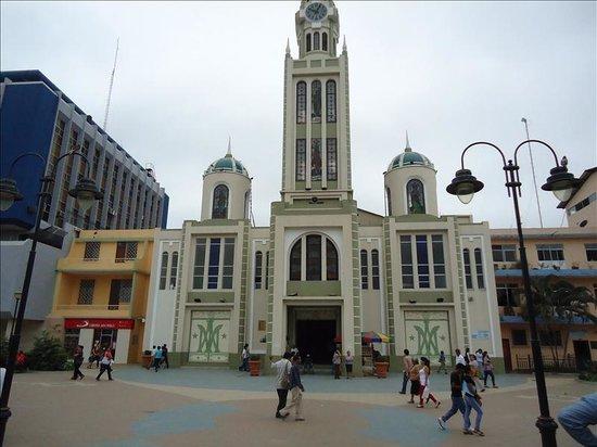Machala, Ecuador: getlstd_property_photo