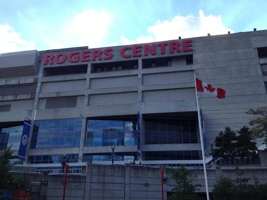 Ripley's Aquarium Of Canada: Front entrance