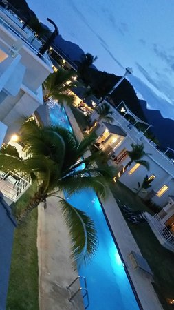 Oriental Beach Pearl Resort: วิวดาดฟ้าโดยรอบ สวย ชอบมากค่ะ