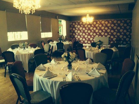 castle campbell hotel restaurant dollar restaurant. Black Bedroom Furniture Sets. Home Design Ideas