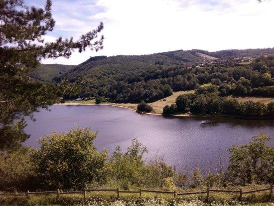 Etap'Auvergne - Complexe de Confolant: vue du lac