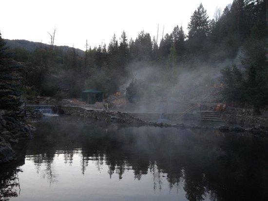 Strawberry Park Natural Hot Springs: Hot Spring