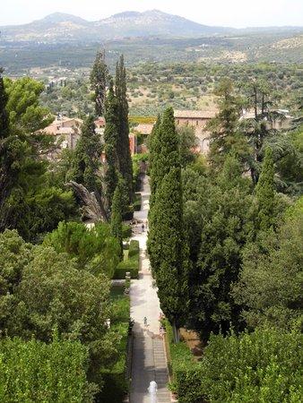 Villa d'Este : View of the gardens from the villa