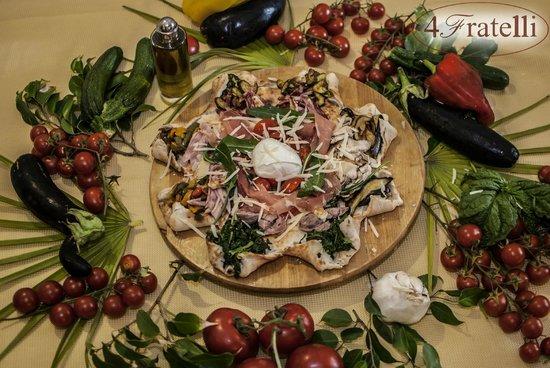 """Castel Volturno, Italia: La nostra pizza """" Nonna Stella """" nostro prodotto esclusivo"""