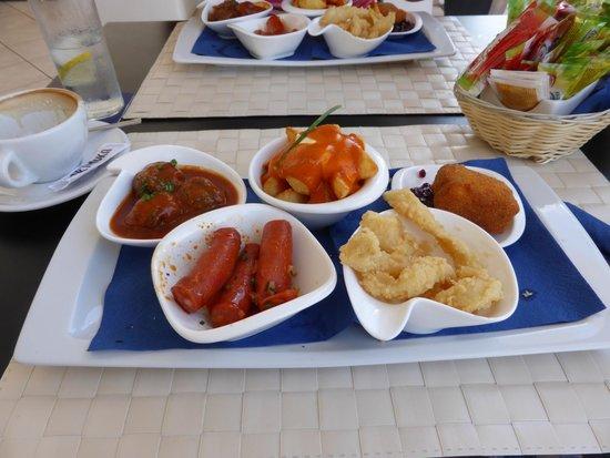 Blue Note Lanzarote: 5 tapas for 12 euros and sooooo tasty!!!
