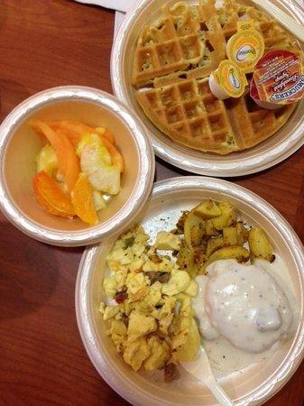 Hampton Inn Mobile I-10/Bellingrath Gardens : Breakfast