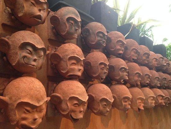 Anantara Bophut Koh Samui Resort: monkeys