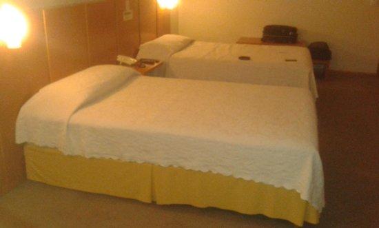 Barbur Plaza Hotel: Quarto 1