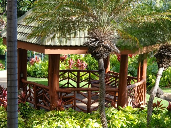 Hyatt Regency Maui Resort and Spa: Close-up view of the gazebo from our room