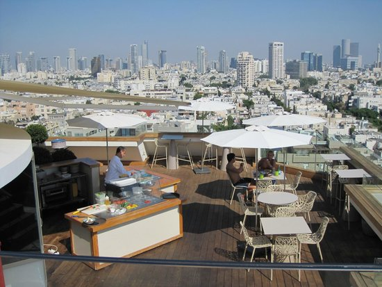 Carlton Tel Aviv View Of The City From Rooftop Pool
