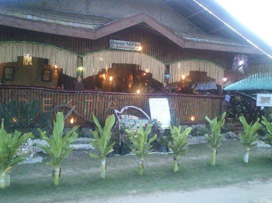 Green Verde Resort Inn: its the restaurant