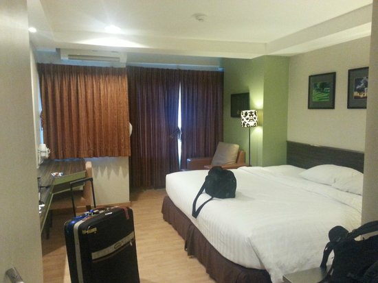 Bangkok Loft Inn : The bedroom