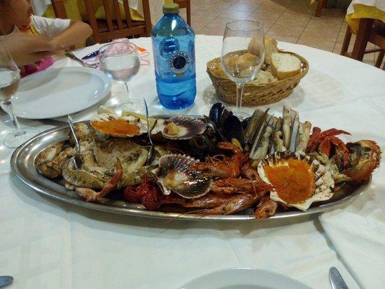 Marisqueria El Tunel: mix of seafood