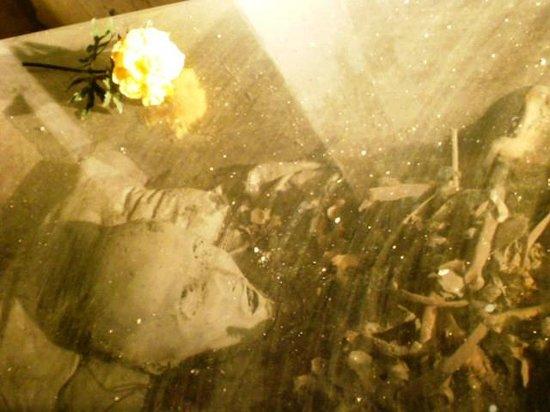 Cimitero delle Fontanelle: resti mummificati