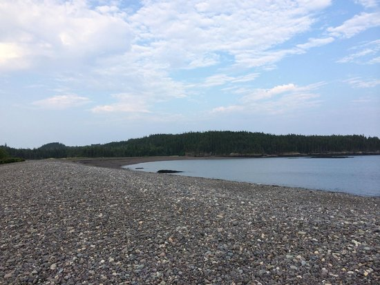 Jasper Beach : View of coastline