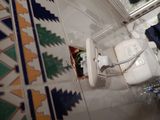 El Mouradi Djerba Menzel: electrical socket