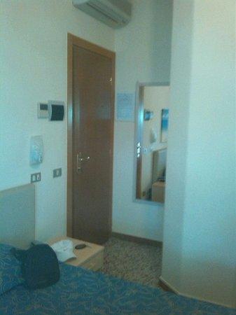 Hotel Villa Barsanti: Specchio delle mie brame.....