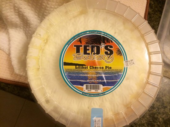 Ted's Bakery: Lilikoi Cheese Pie