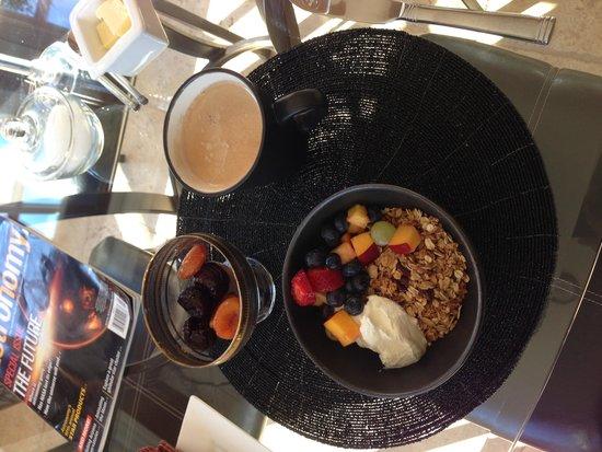 Wetherly Inn: Light Breakfast