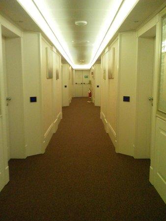 Palace Hotel Legnano: corridoio