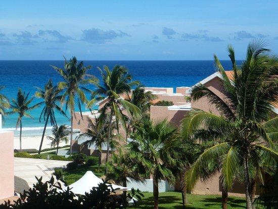 Omni Cancun Resort & Villas: beach view