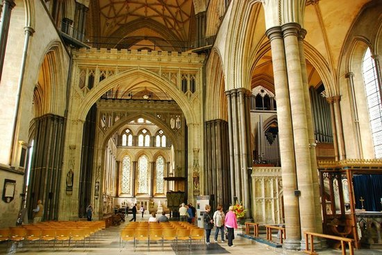Salisbury Cathedral and Magna Carta: From the south crossing to the north. (Photo by European Focus Private Tours)