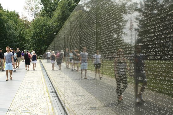 Walk of the Town: Vietnam Memorial