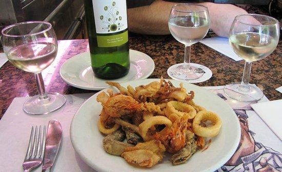 Cal Pep: Fried seafood.