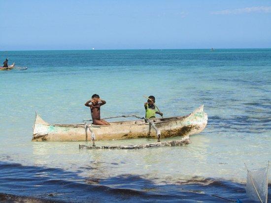 Smeralda Bay: piroga