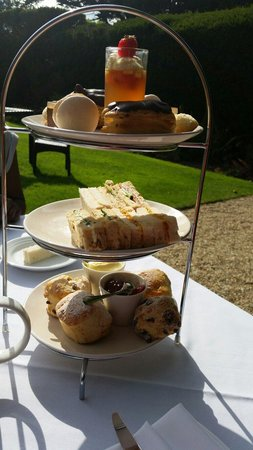 The Greenway Hotel and Spa: Scrummy full afternoon tea it's a must!!!