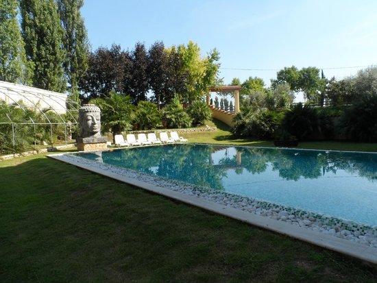 Piscina spa picture of antares hotel villafranca di for Piscina villafranca