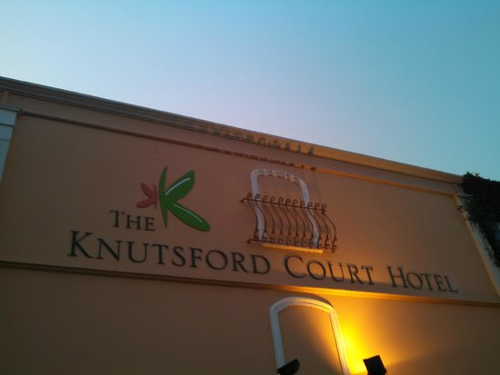 The Knutsford Court Hotel: view from courtyard