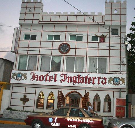 Hotel Sevilla: Inglaterra Hotel ~ Puerto Morelos
