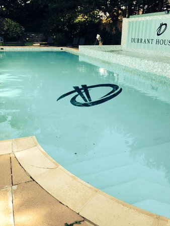 Durrant House: Outdoor pool