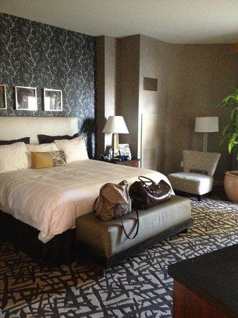 Seminole Hard Rock Hotel Hollywood: spacious bedroom