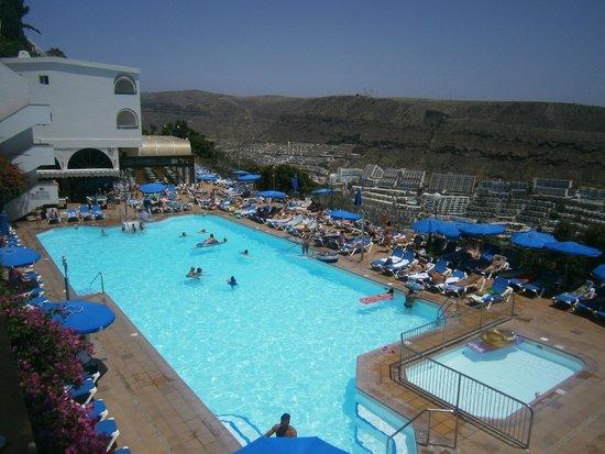 Colina Mar Apartments : main pool
