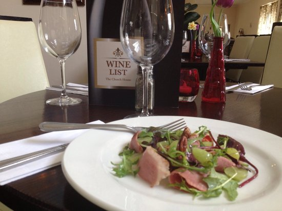 Church House Bar and Restaurant: Smoked duck, fig & walnut salad, aged balsamic