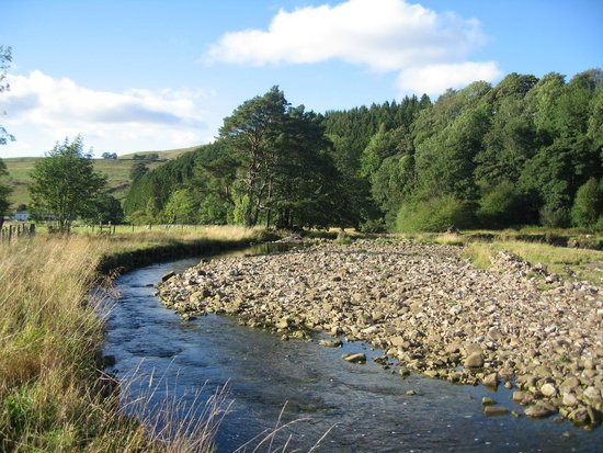 Nent Hall Country House Hotel: RIVER NEAR TO HOTEL